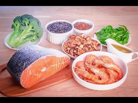 В каких продуктах содержатся Омега-3 жирные кислоты; Льняное масло, рыбий жир: польза, как принимать