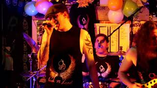 LIVE - Highway To Hell (Penny Gill Rock Bar)