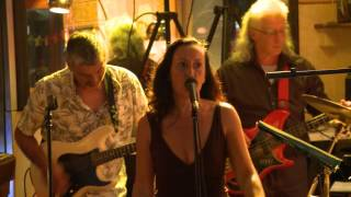 Sweet Home Alabama Gary Richards & Ngaire Kelly Live at Bar Cleveland Surry Hills Australia