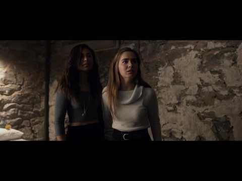 Video trailer för Split - Official Trailer 1 (Universal Pictures) HD