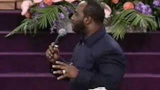Pastor Darryl Hill