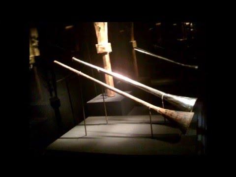 Playing King Tutankhamun's Trumpets