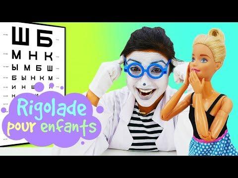 Vidéo drôle pour enfants. Les héros : Barbie et Spiderman chez l'ophtalmologiste