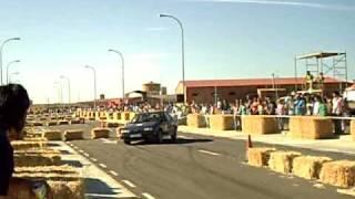 preview picture of video 'paredes de nava slalon 2008 avel'