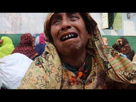 আটরশি লাখো ভক্তের ভিড়ে হারিয়ে বৃদ্ধ মা বুকফাটা চিৎকার বিশ্ব জাকের মঞ্জিল new atroshi zikir bd news
