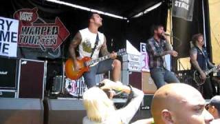Every Time I Die-The Marvelous Slut (Live at Warped Tour 2010 at the Pomona Fairplex 8-11-10)