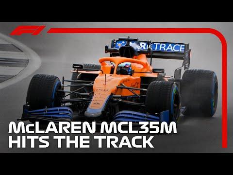 F1 2021 マクラーレン「MCL35M」が雨の中初走行。響き渡るメルセデスサウンド