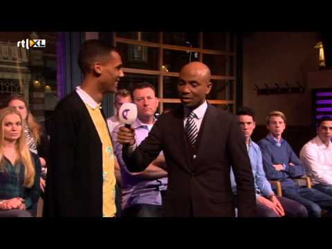 Een platinum award voor Stromae - RTL LATE NIGHT