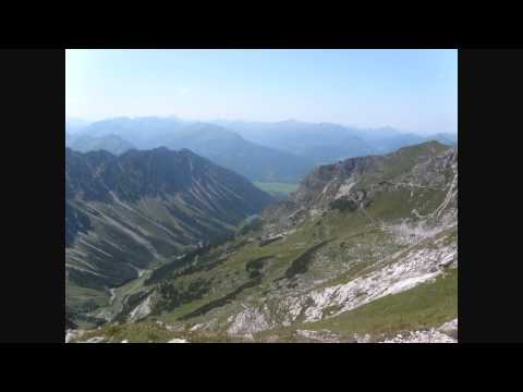 Im Frühtau zu Berge