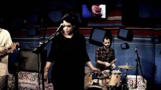 """Tulipa Ruiz Em """"Só Sei Dançar Com Você"""" No Estúdio Showlivre  2010"""