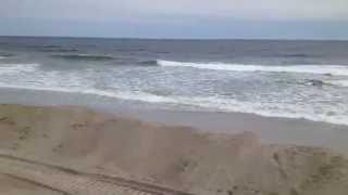 preview picture of video 'Rockaway Beach New York - iReporter - Hurricane Sandy - 5'