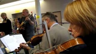 "Scottish Fiddling Group, ""ID-WA"", jamming at the 2010 Spokane Folk Festival"