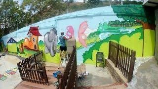 Murales infantiles en Escola Pia de Barcelona