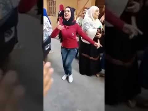 بنت ترقص علي مولد هنروح