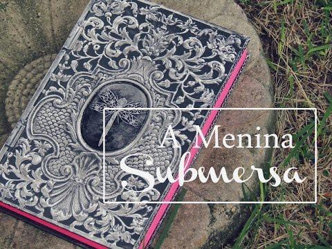 Livro em Detalhes | A Menina Submersa - DarkSide