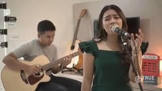 Download lagu Pergilah Kasih By Lia Magdalena Mp3
