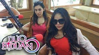"""Duo Biduan Menyanyikan Lagu """"Kangen Sayang"""" Saat Interview Di Bens Radio Jakarta"""