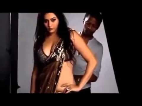 South Actress Namitha Hot Photo Shoot Saree Wearing Video