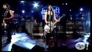 Joan Jett  I Hate Myself for Loving You (Live)