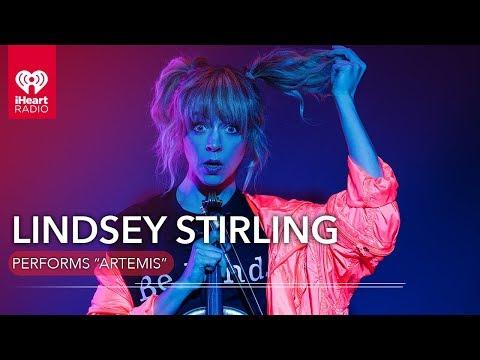 """Lindsey Stirling Performs """"Artemis""""   Live Session"""