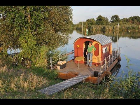 Mit dem Floß auf der Havel unterwegs