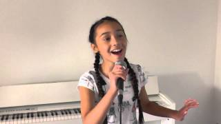 Elle aged 9 singing Heart Attack by Demi Lovato