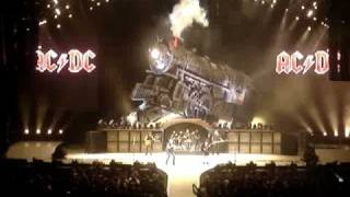 AC/DC - Intro / Rock 'N Roll Train (live NYC - 11/12/08)