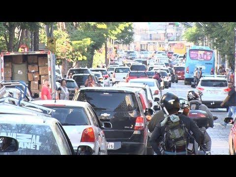 Sem vagas! Estacionamento rotativo seria a solução para Nova Friburgo?