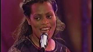 DES'REE : THE WORLD  MUSIC AWARDS IN MONACO 1999