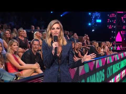 Carrie Underwood - Church Bells (Live)