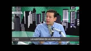 Juan Santiváñez comentando en Radio Capital sobre la importancia de las Auditorias.