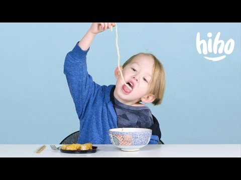 Kids Try Japanese food