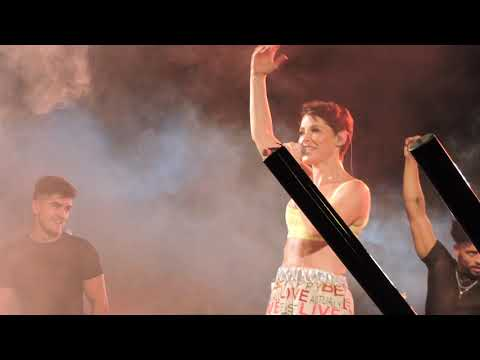 """Soraya Arnelas """"Con fuego"""" Pride Barcelona 2019."""