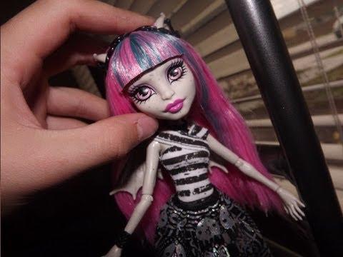 Monster High Rochelle Goyle Doll Review!