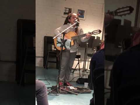Fernandito Ferrer demos looping at the Guitar Mash Teen Songwriter Circle