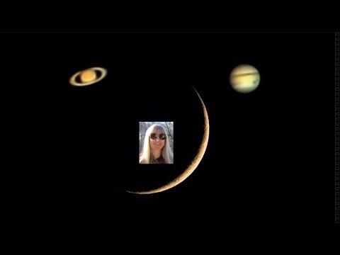 5% Crescent Along with Jupiter & Saturn - Nikon P1000 Camera