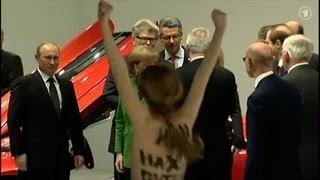 Путин и FEMEN. Видео с акции