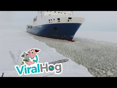 How Pilots Get Onto Moving Ice Breakers