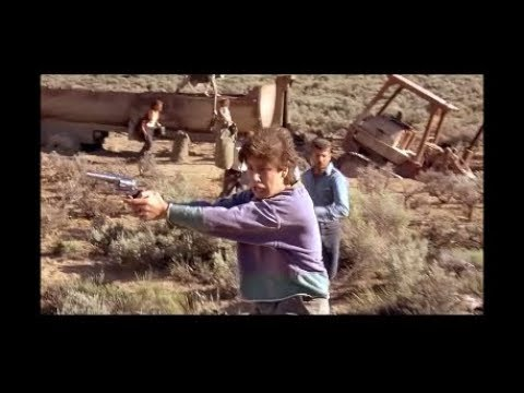 A Few Household Chemicals In The Proper Proportions - Escaping Tremors Trap -  Scene From Tremors