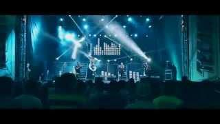 Desmadre en el baño (En Vivo) - Colmillo Norteño (Video)