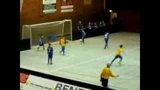 preview picture of video '1.CFR PF Jg 2001/02 2013.12.28 Olympiahallenturnier Nussloch Spiel 3: vs. SG Siemens Karlsruhe'