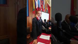 Il ritorno a Palazzo del sindaco Cateno De Luca