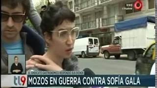 Mozos en guerra contra Sofía Gala