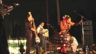 El Farol - La Santa Cecilia