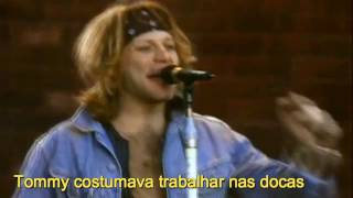 Gambar cover Livin' On A Prayer - Bon Jovi (Tradução)