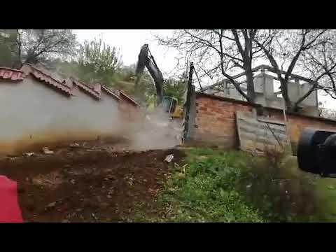 Събаряне на незаконни постройки в кв. Лозенец, Стара Загора