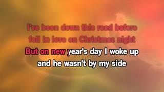 Ariana Grande - Santa Tell me ( with backing vocals) Karaoke