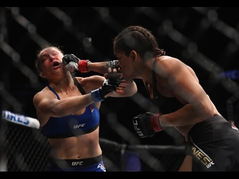 Ronda Rousey ANNIHILATED By Amanda Nunes At UFC 207