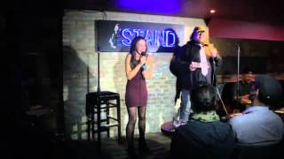 Nerdy Comedian Destroys Hot Chick Comedian In a Roast Competition