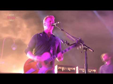 Queens of the Stone Age - Smooth Sailing - Live Reading Festival 2014